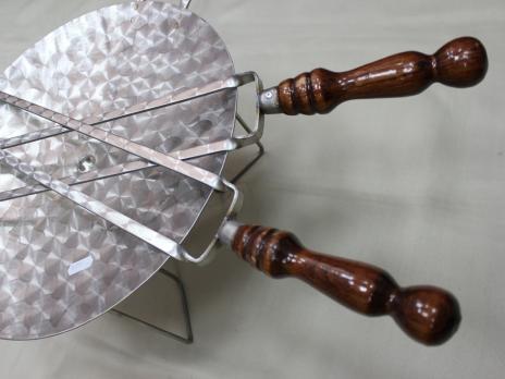 Шампур двойной с деревянной ручкой 40см