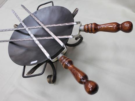 Шампур двойной с деревянной ручкой
