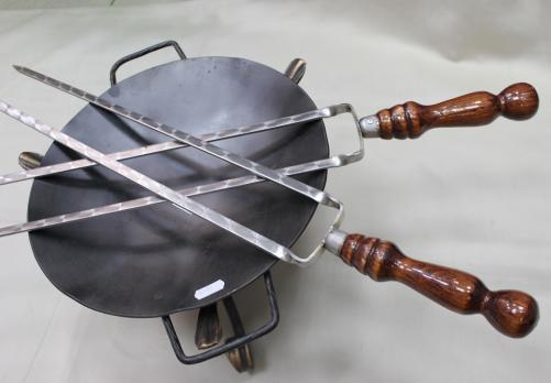 Шампур двойной с деревянной ручкой 55см