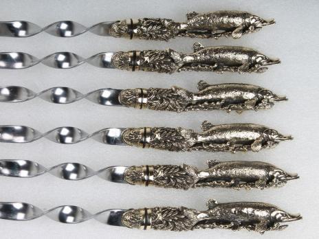 Подарочные шампура Щука с цельно литой ручкой